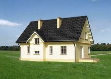 Проект дома с балкончиком над крыльцом