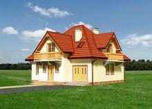 Оригинальный коттедж с тремя спальнями и красивым крыльцом