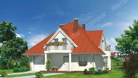 Интересный дом с 3 балконами