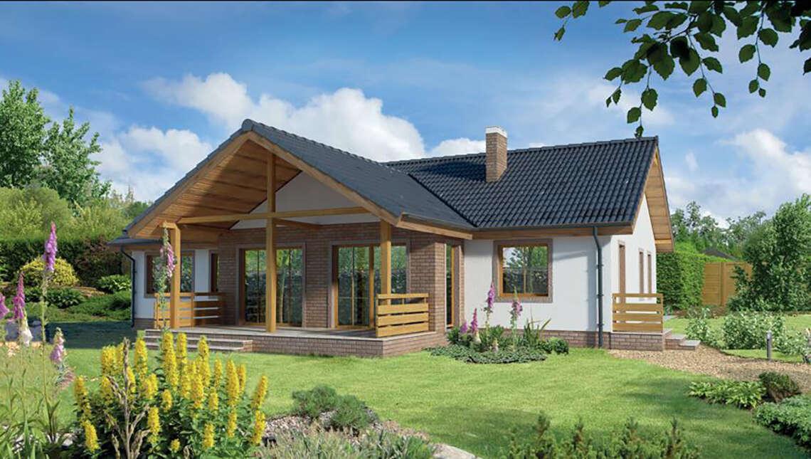 Жилой дом с красивыми верандами