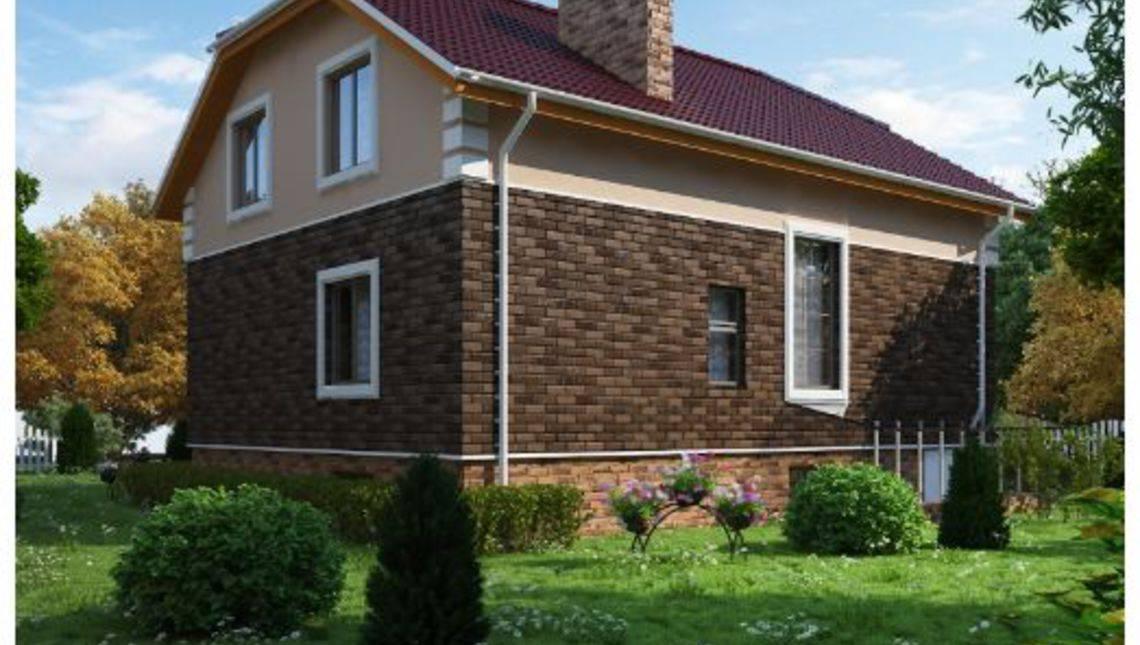 Классический дом с мансардой и крыльцом со ступеньками