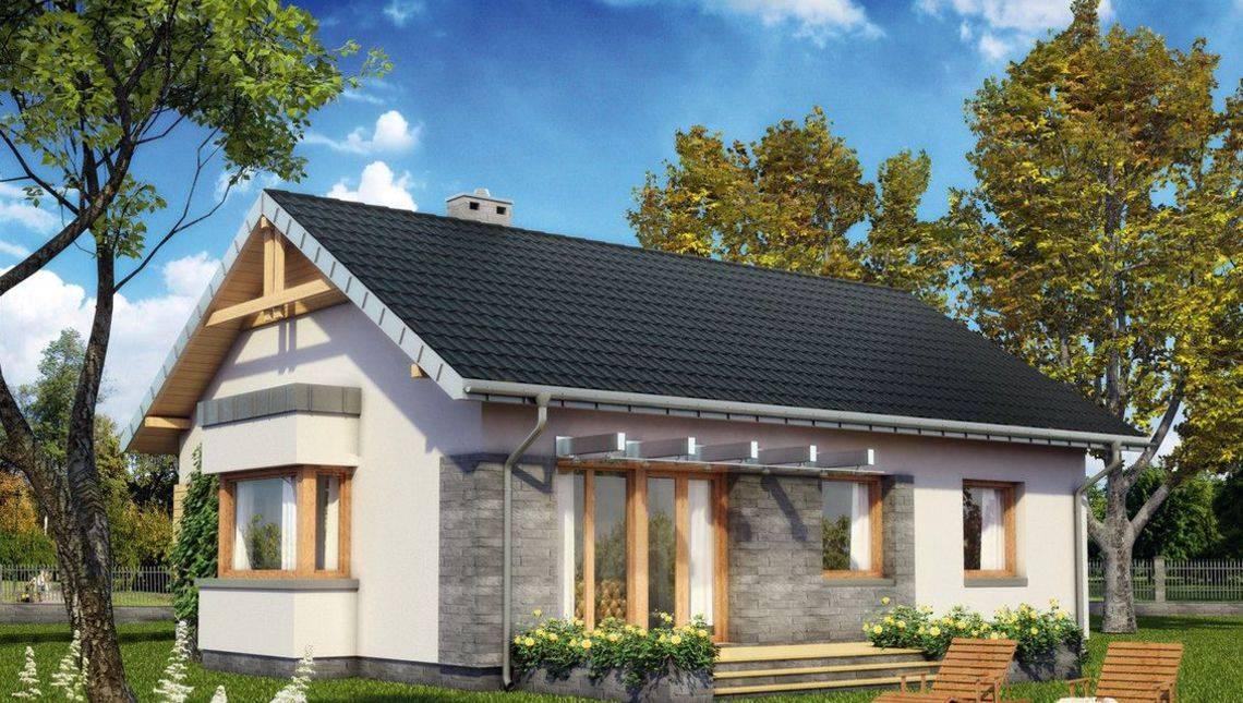 Красивое одноэтажное строение, декорированное кирпичом и камнем