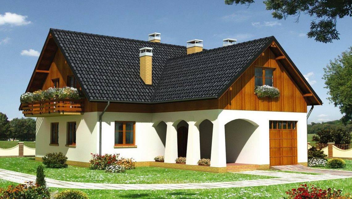 Красивый особняк с просторной верандой и балконом